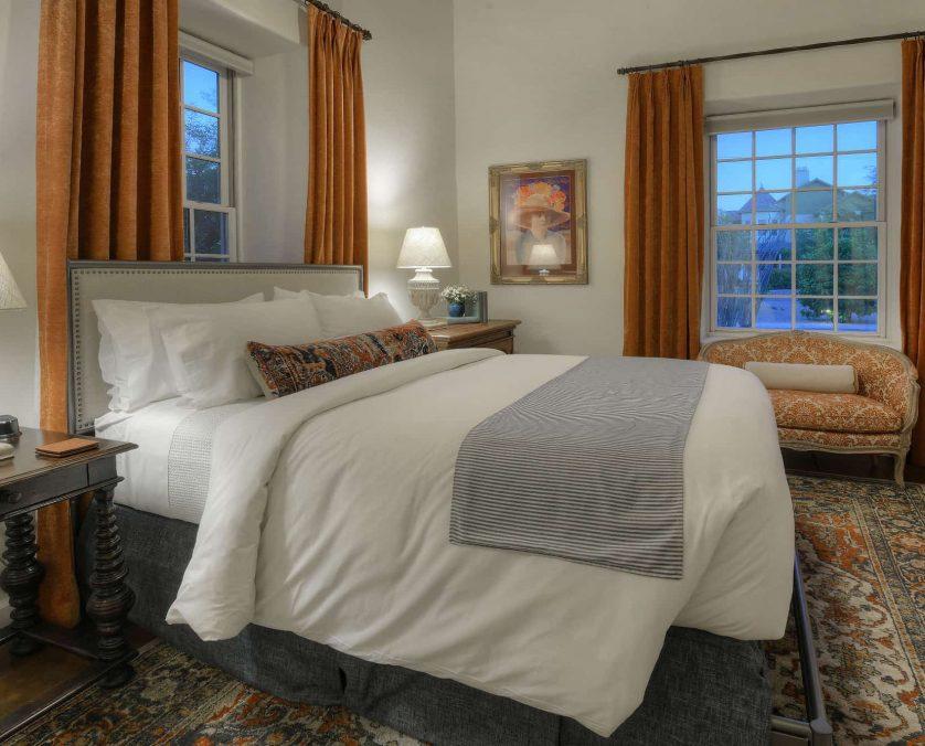 The Isabella Greenway Bed