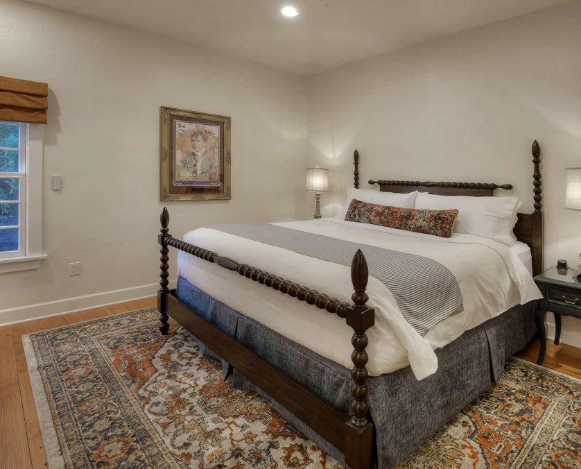 The Larcena Pennington Bed