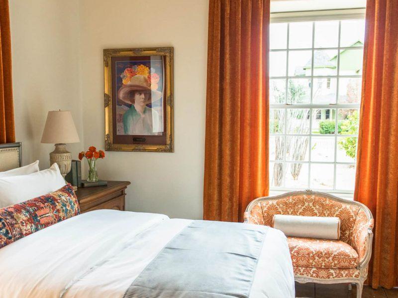 Luxurious Armory Park Inn room