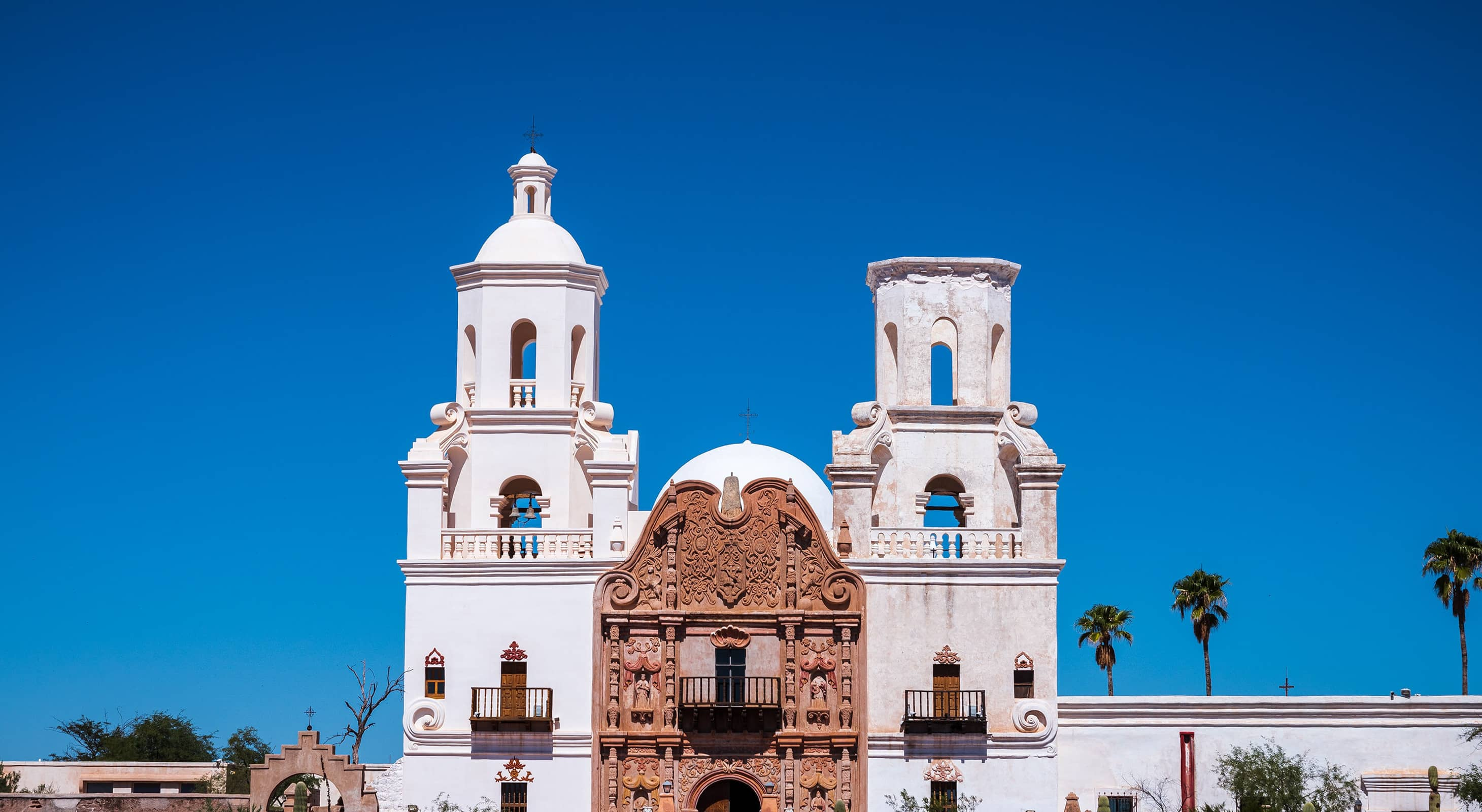 Explore churches with our Tucson vacation guide